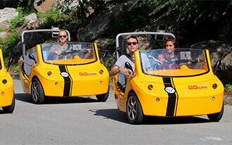 סיור בברצלונה במכונית קטנה - GoCar Barcelona